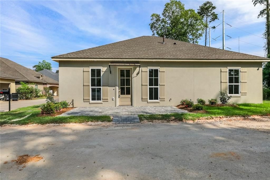 700 MAPLE Court, Madisonville, LA 70447 - #: 2245141