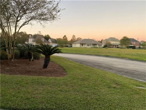 Photo of 143 PINE VALLEY Drive, New Orleans, LA 70131 (MLS # 2275166)