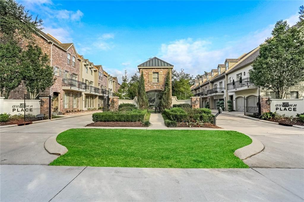 827 AUTUMN Place #301, Mandeville, LA 70471 - #: 2269237