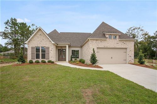 Photo of 204 HIDDEN CREEK Boulevard, Covington, LA 70433 (MLS # 2220239)