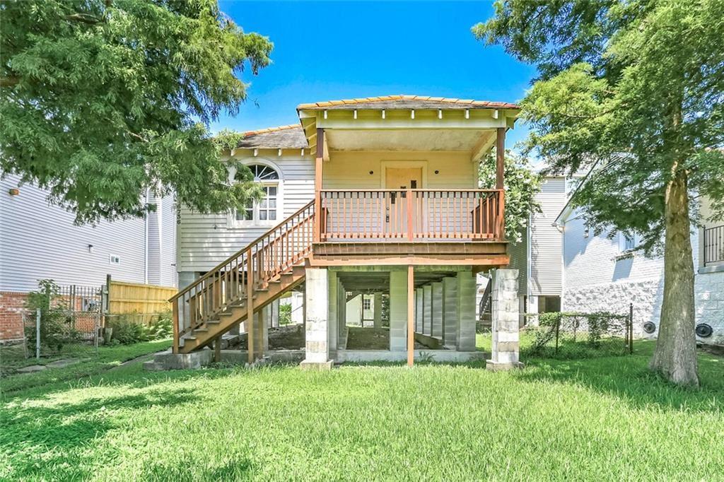 6736 GENERAL DIAZ Street, New Orleans, LA 70124 - #: 2310247
