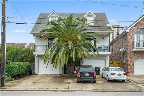 Photo of 405 HAMMOND Highway, New Orleans, LA 70124 (MLS # 2270315)