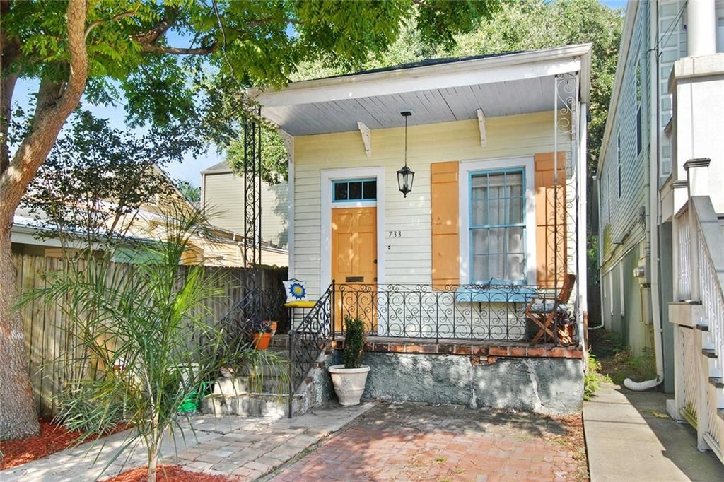 733 LYONS Street, New Orleans, LA 70115 - #: 2298319