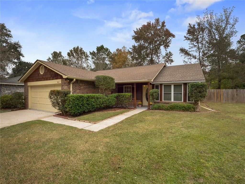 911 FOREST Loop, Mandeville, LA 70471 - #: 2231333