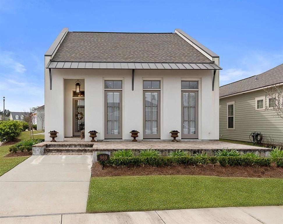 969 BEAUREGARD Parkway, Covington, LA 70433 - #: 2244348