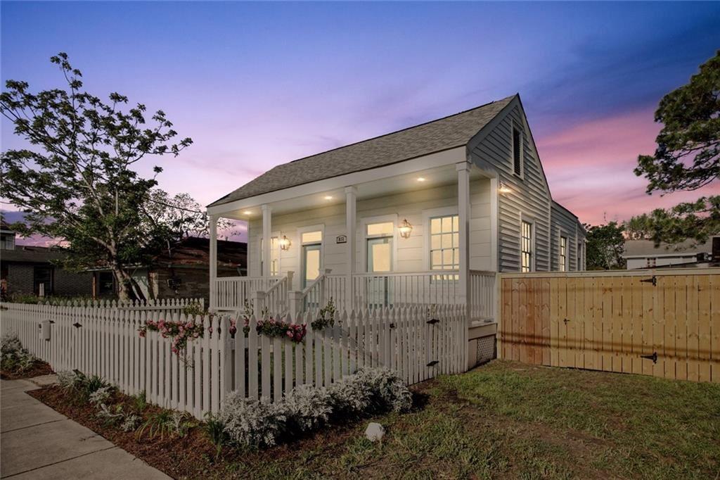 832 FLOOD Street, New Orleans, LA 70117 - #: 2293351