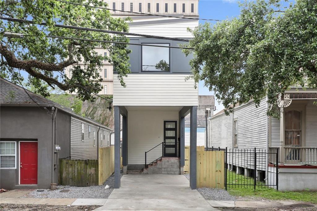 2620 BANKS Street, New Orleans, LA 70119 - #: 2255365