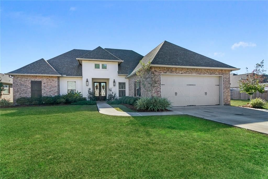 1053 SPRING HAVEN Lane, Madisonville, LA 70447 - #: 2235390