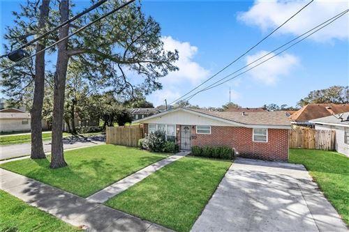 Photo of 721 RIVER OAKS Drive, New Orleans, LA 70131 (MLS # 2278452)