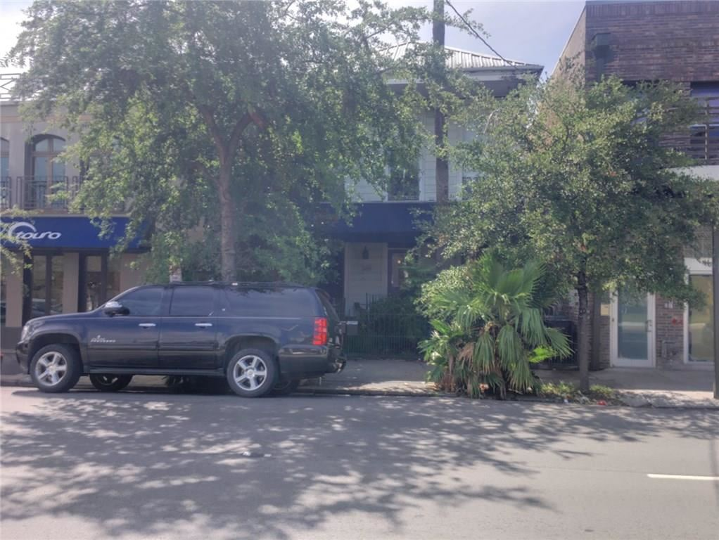 Photo for 1521 ST CHARLES Avenue, New Orleans, LA 70130 (MLS # 2185473)