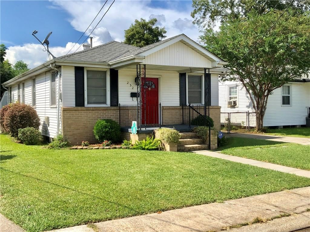 252 ANTHONY Avenue, Harahan, LA 70123 - #: 2226504