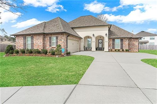 Photo of 416 KNOTTY PINE Court, Madisonville, LA 70447 (MLS # 2287513)