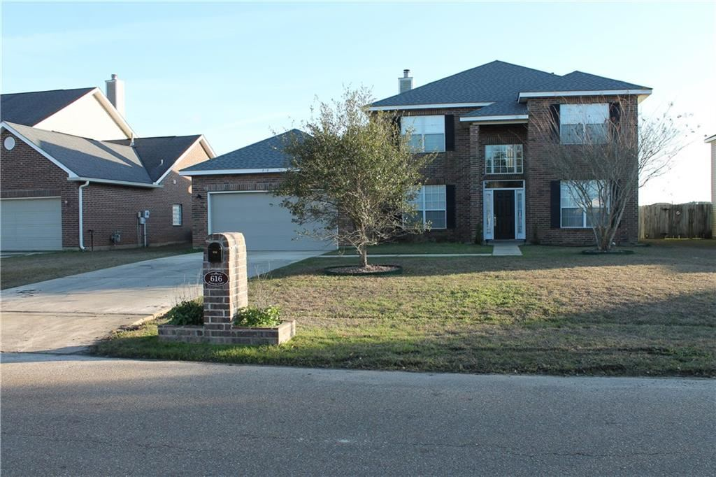 616 FAIRWAY Court, Covington, LA 70435 - #: 2235539