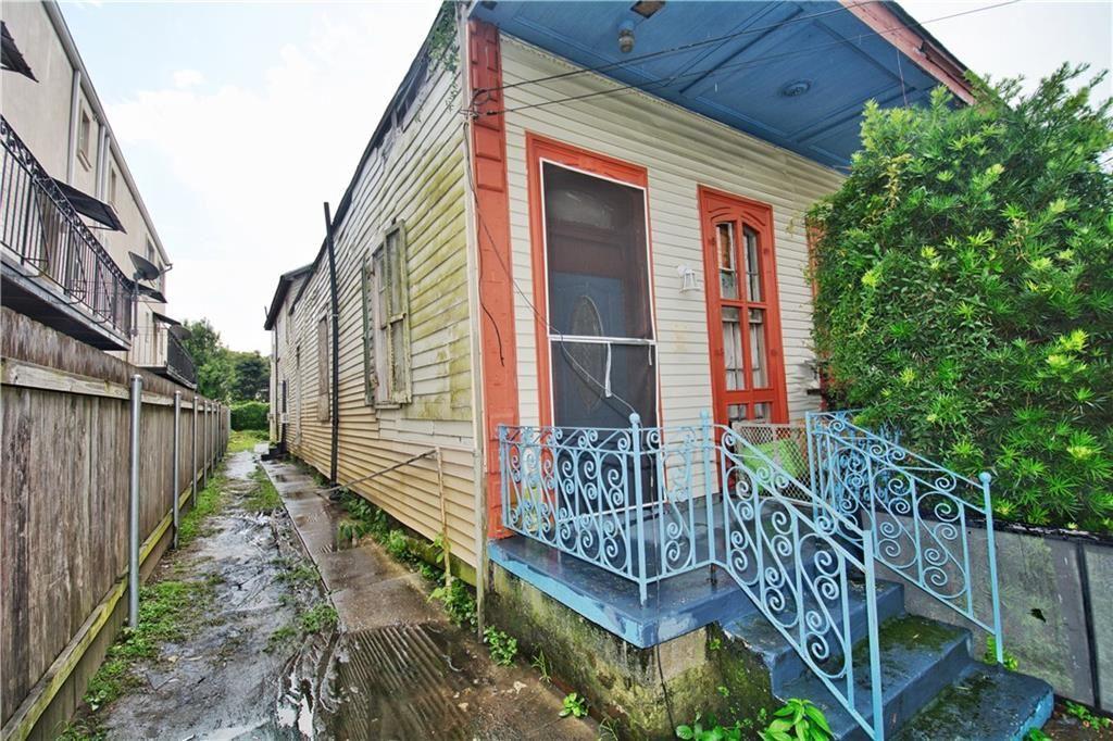 2838 DRYADES Street, New Orleans, LA 70115 - #: 2267550