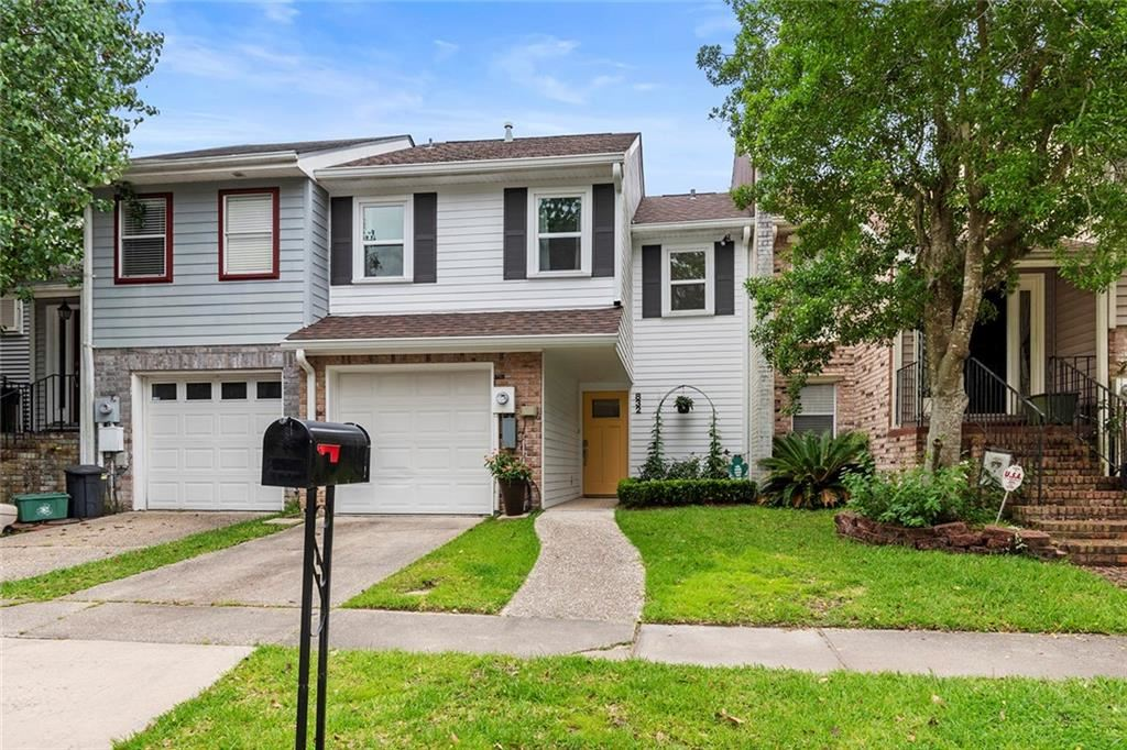 832 OLD METAIRIE Place, Metairie, LA 70001 - #: 2302561