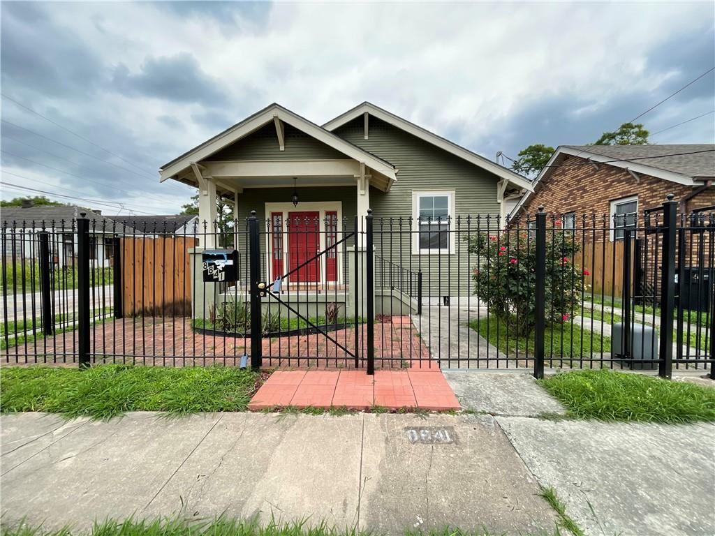 8841 GREEN Street, New Orleans, LA 70118 - #: 2300594