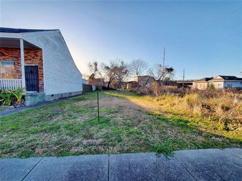 Photo of 1730 ST ANTHONY Street, New Orleans, LA 70116 (MLS # 2282637)