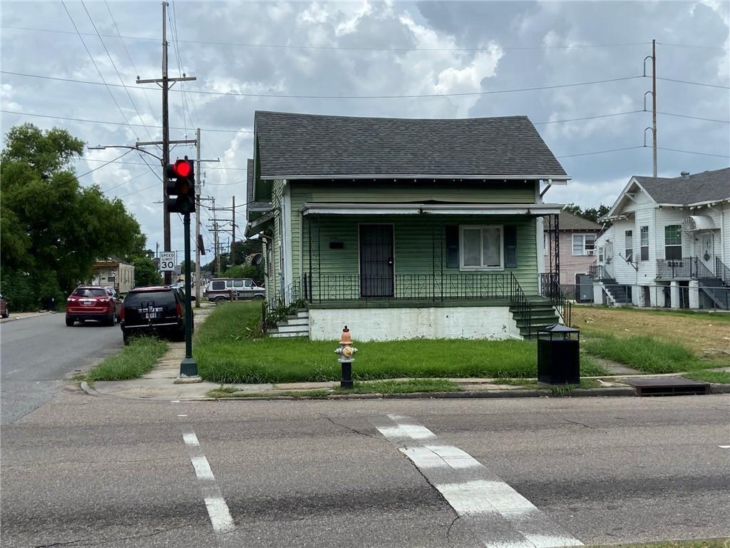 2200 FRANKLIN Avenue, New Orleans, LA 70117 - #: 2309674