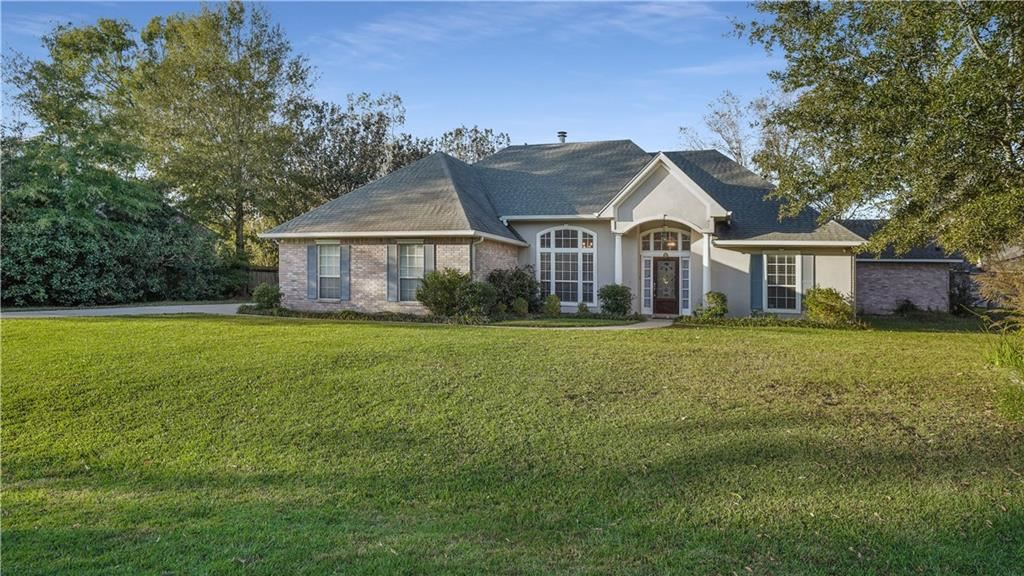 44 LAUREL OAK Drive, Covington, LA 70433 - #: 2276680