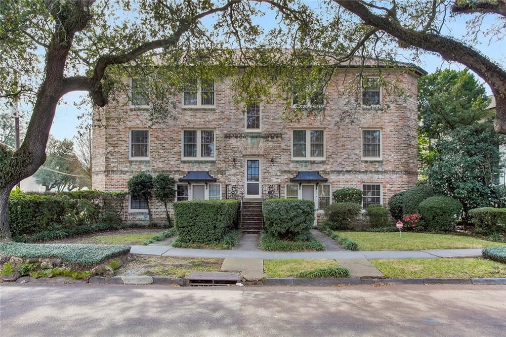 Photo for 5404 ST CHARLES Avenue #B, New Orleans, LA 70115 (MLS # 2190712)