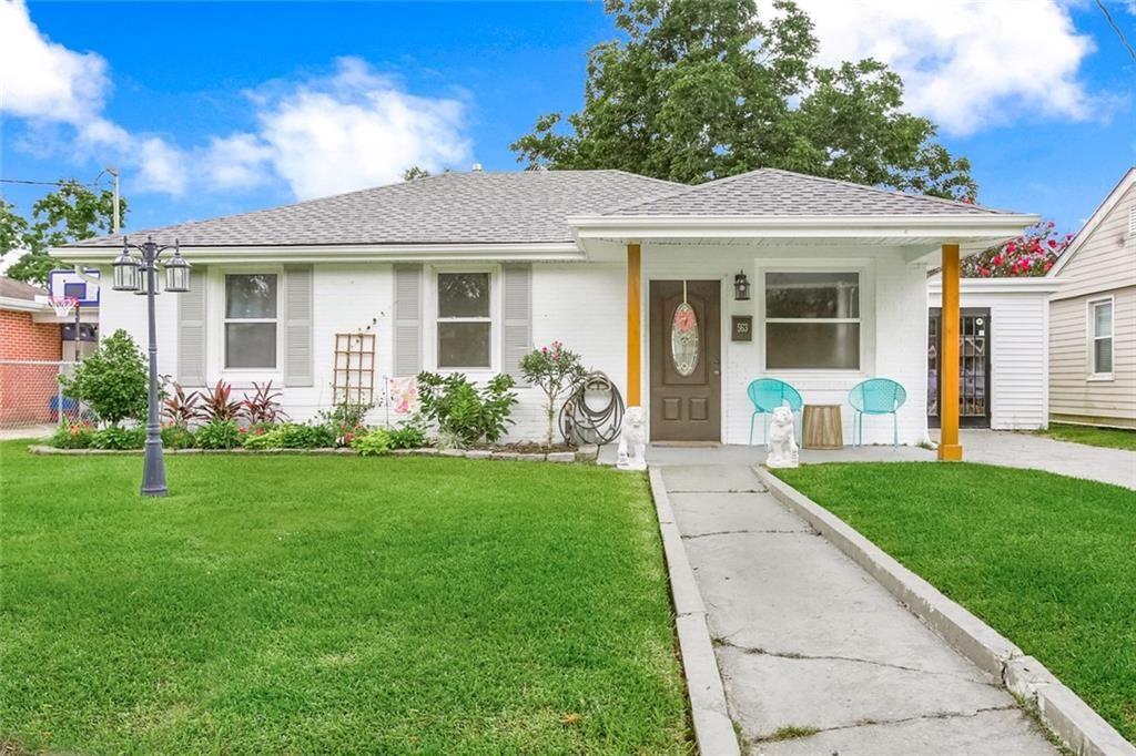 563 GROVE Avenue, Harahan, LA 70123 - #: 2301718