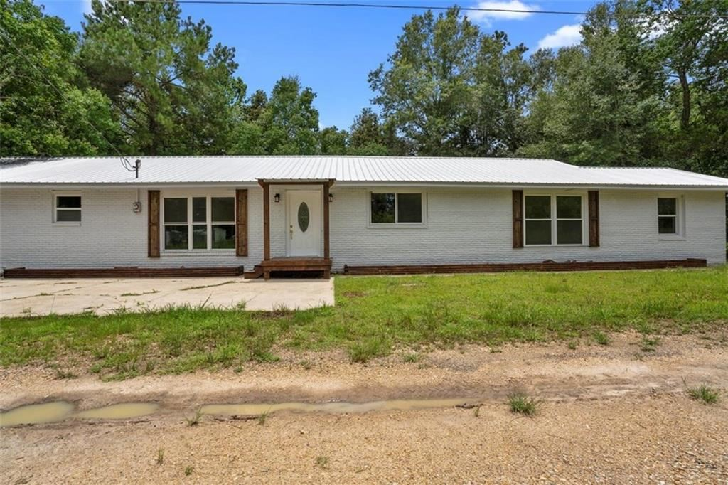 23204 RAILROAD Avenue, Robert, LA 70455 - #: 2260734