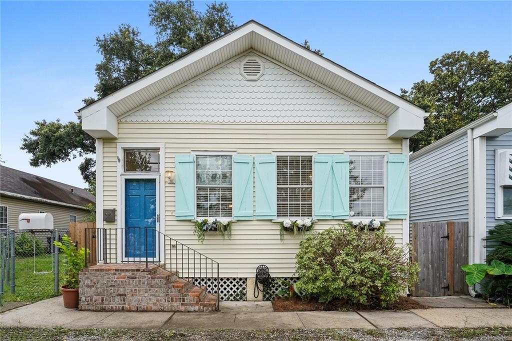 7417 SPRUCE Street, New Orleans, LA 70118 - #: 2308768