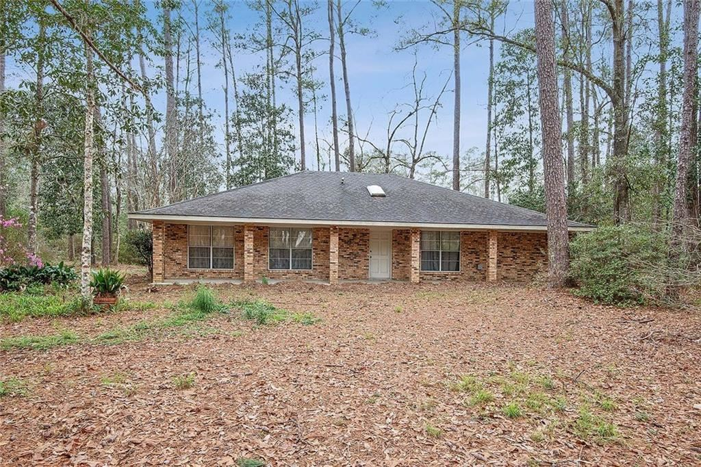 40 RIVERBEND Drive, Covington, LA 70433 - #: 2241791