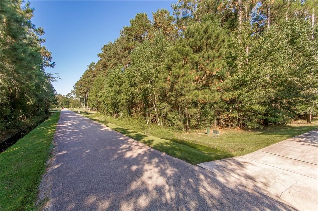 465 SECLUDED GROVE Loop, Madisonville, LA 70447 - #: 2232835