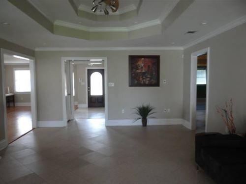 Photo of 1311 GRANADA Drive, New Orleans, LA 70122 (MLS # 2289841)
