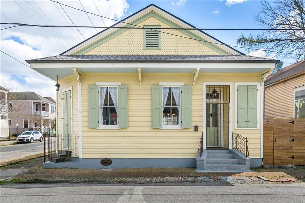 2702 CHIPPEWA Street, New Orleans, LA 70130 - #: 2244867
