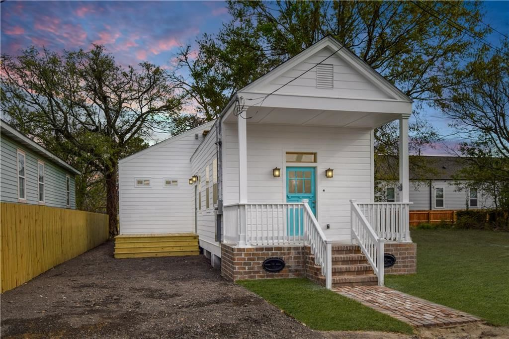 1717 HOLLYGROVE Street, New Orleans, LA 70118 - #: 2244871