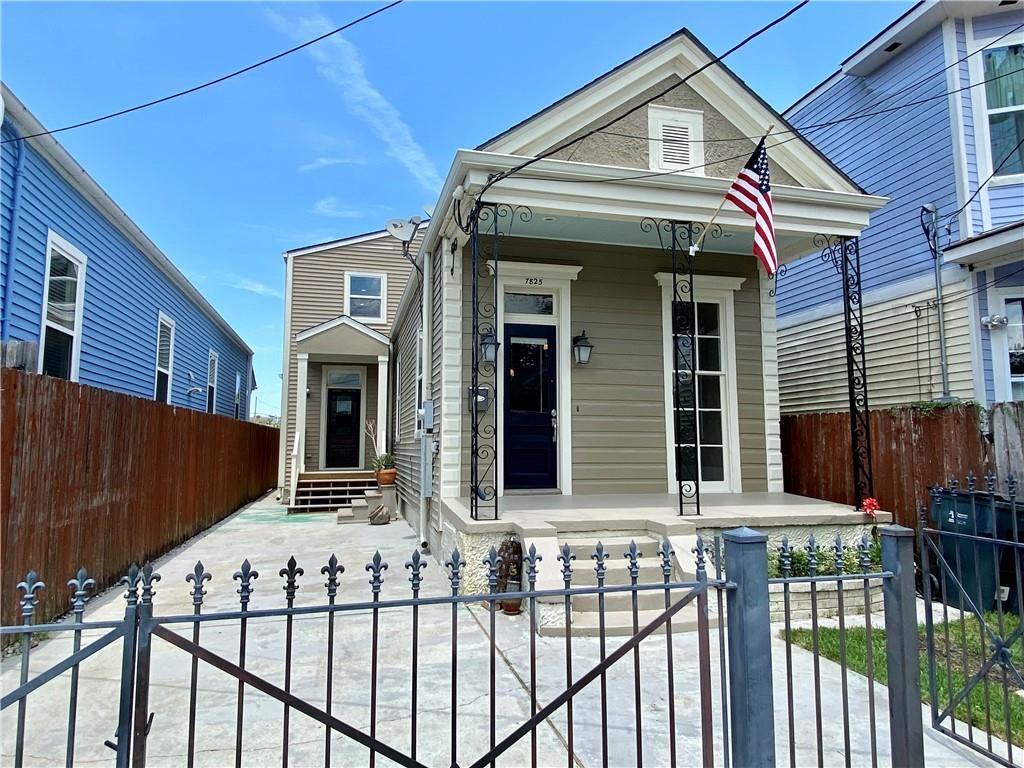 7825 GREEN Street, New Orleans, LA 70118 - #: 2303905