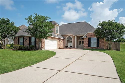 Photo of 105 CYPRESS LAKES Drive, Slidell, LA 70458 (MLS # 2204916)