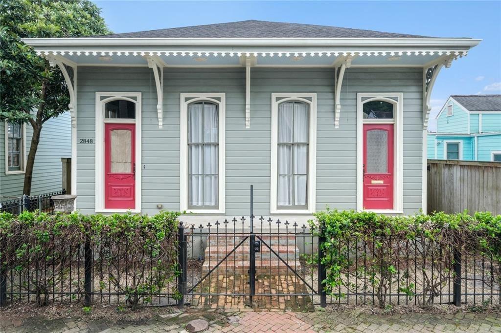 2848 CHIPPEWA Street, New Orleans, LA 70115 - #: 2301922