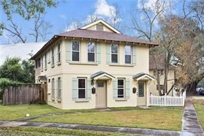 Photo of 420 S VERMONT Street, Covington, LA 70433 (MLS # 2299929)
