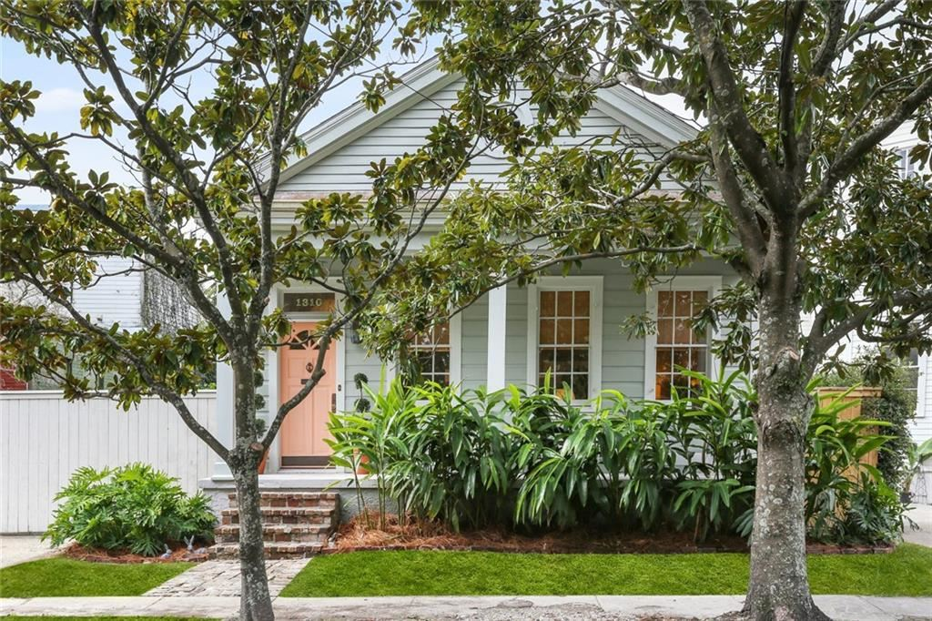 1310 ARABELLA Street, New Orleans, LA 70115 - #: 2281937