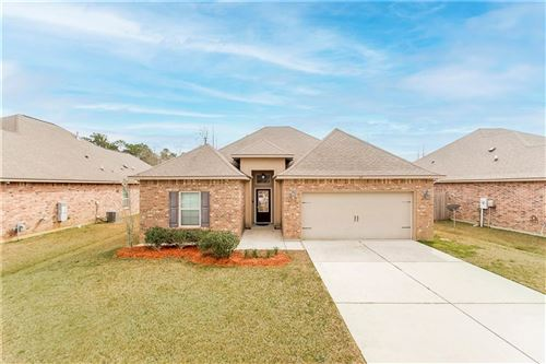 Photo of 517 BUCKTHORNE Place, Covington, LA 70435 (MLS # 2289957)