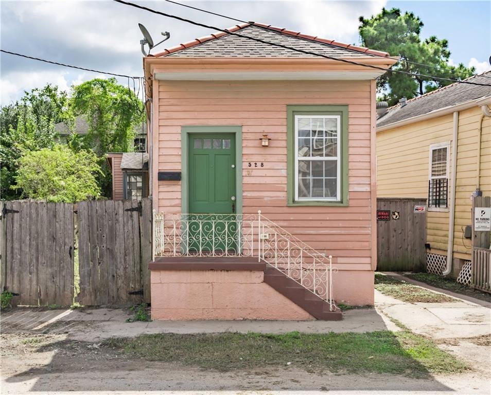528 S ROCHEBLAVE Street, New Orleans, LA 70119 - #: 2270977