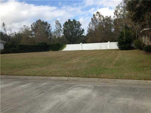Photo of 12 FAIRWAY OAKS Drive, New Orleans, LA 70131 (MLS # 2193984)