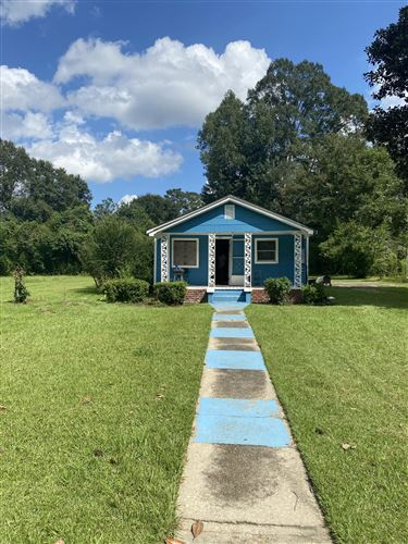 Photo of 1110 Maxwell Ave., Columbia, MS 39429 (MLS # 127031)