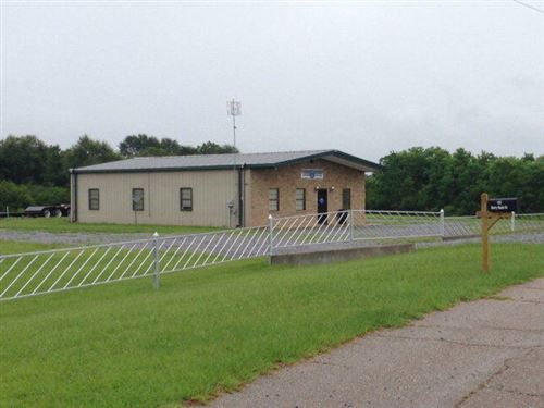 Photo of 101 Industrial Park Rd., Ellisville, MS 39437 (MLS # 123268)