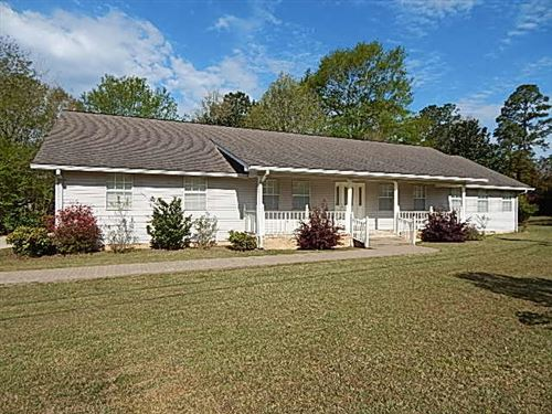 Photo of 7 Lakeview Road, Columbia, MS 39429 (MLS # 124895)