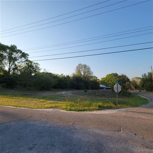 Photo of 302 W 2nd Ave., Petal, MS 39465 (MLS # 124919)