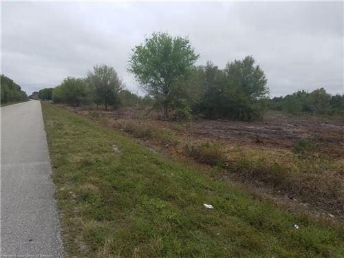 Photo of 205 BLUFF HAMMOCK Road, Lorida, FL 33857 (MLS # 262435)