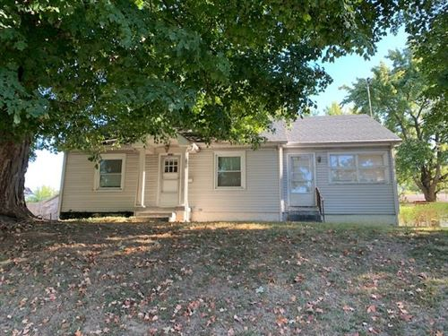 Photo of 1319 Madison St, Henderson, KY 42420 (MLS # 20190530)