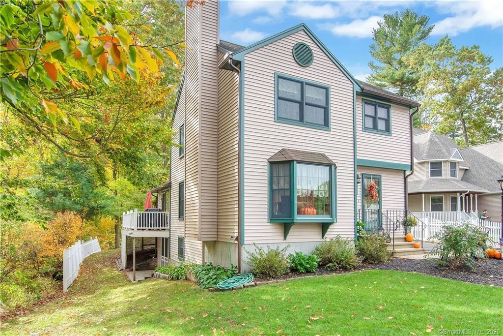 Photo of 20 Pinecrest Road, Enfield, CT 06082 (MLS # 170349001)