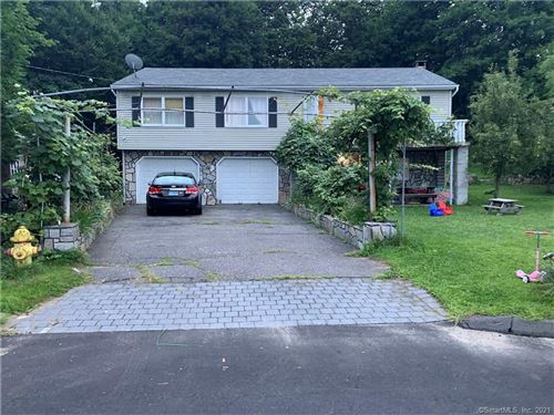 Photo of 64 Laurel Ridge, Watertown, CT 06779 (MLS # 170431004)