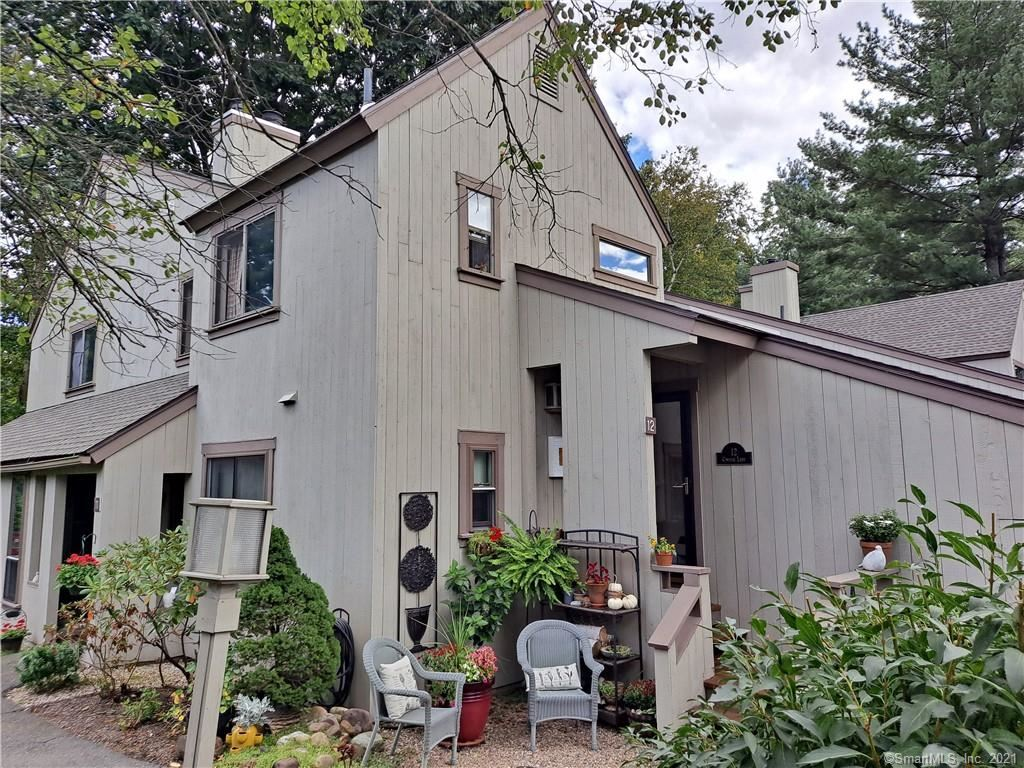 Photo for 12 Conifer Lane #12, Avon, CT 06001 (MLS # 170434014)