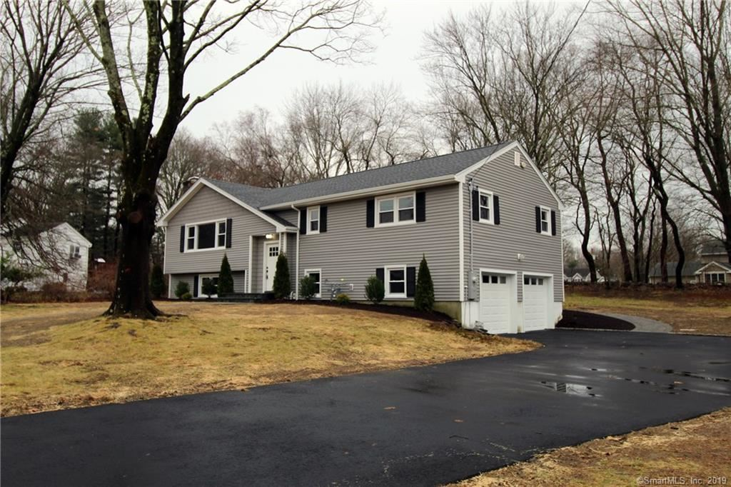 Photo of 24 Dell Circle, Trumbull, CT 06611 (MLS # 170257016)